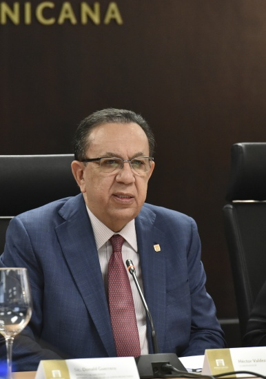 Banco Central pone en circulación estudios analíticos sobre mercado laboral dominicano y aparato productivo RD