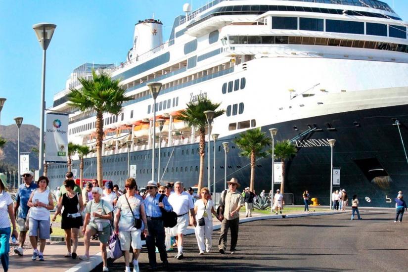 Llegada turistas cruceros.
