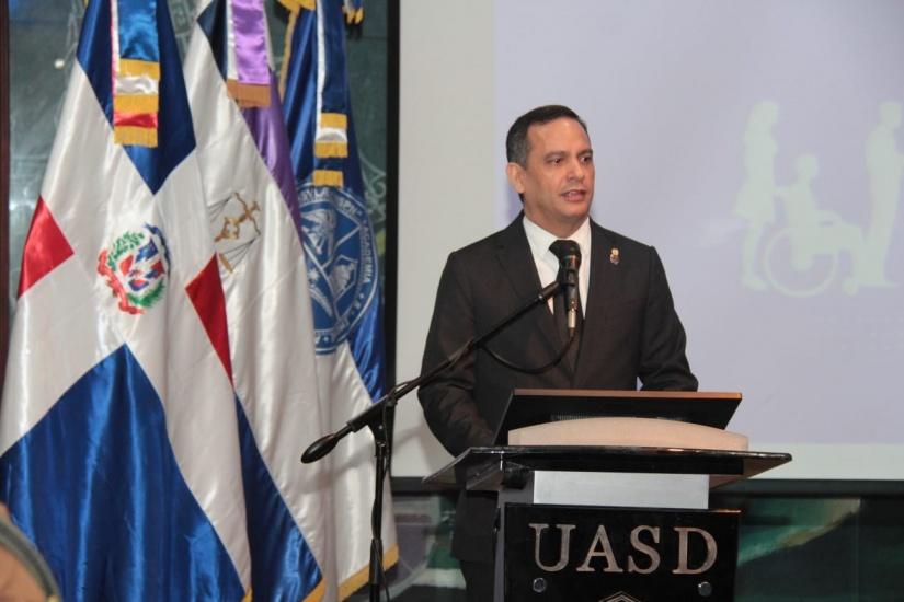 El magistrado y presidente de la Suprema Corte de Justicia magistrado Luis Henry Molina Peña.