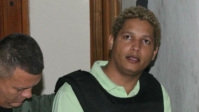 Dominicano condenado por quíntuple homicidio en Panamá se fuga de una cárcel