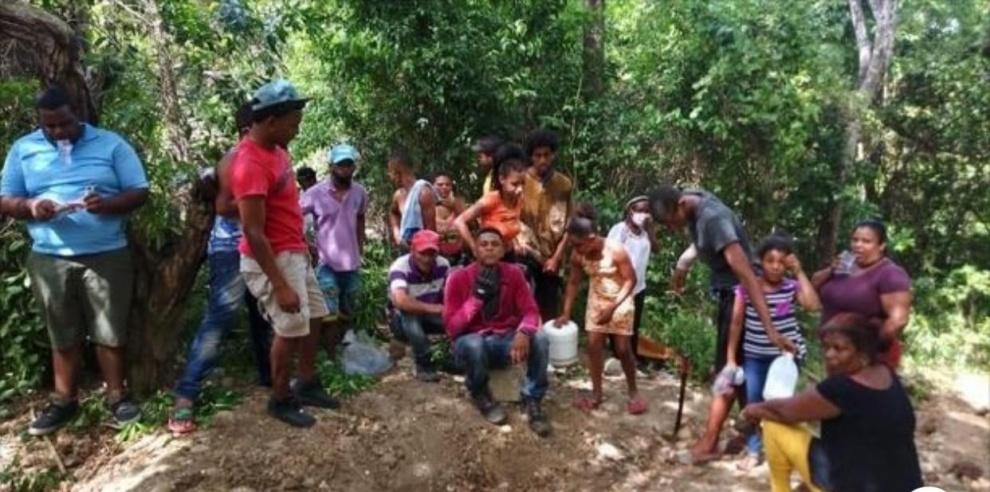 Grupo intenta invadir terrenos del Monumento Loma Isabel de Torres