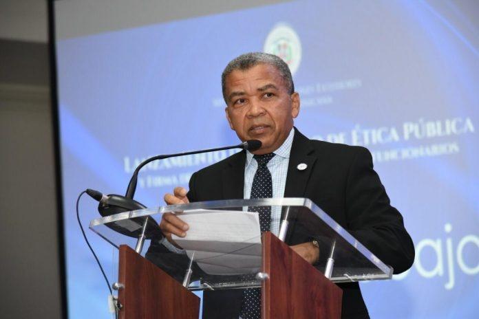 Renuncia del PRD su delegado técnico ante la JCE Juan Santiago