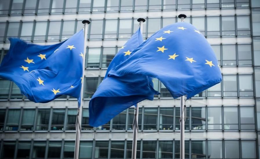 Buscan salvar en parte temporada turística de verano en UE