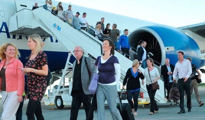 Líneas aéreas proyectan 400 vuelos a RD en julio
