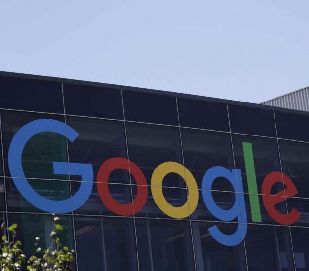 Google comenzará a pagar a algunos medios por sus noticias