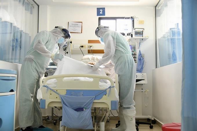Salud Pública informa se reducen a 111 los pacientes en UCI por coronavirus, pero aumentan las muertes
