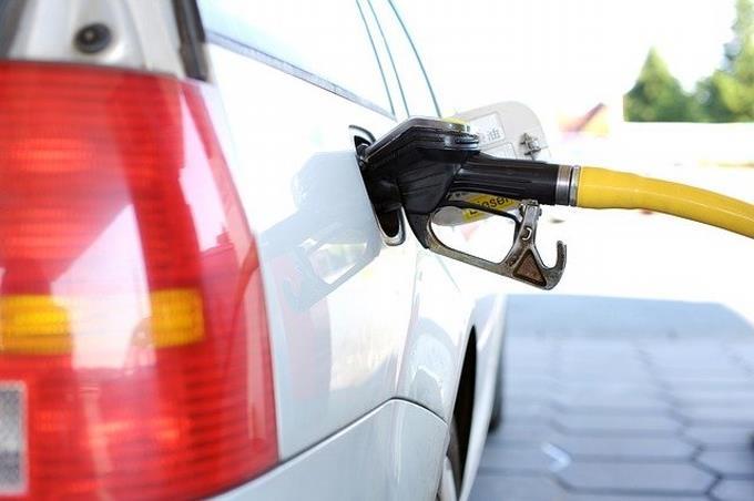 Sigue alza en los los precios de combustibles en RD