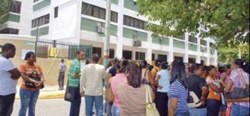 Estudiantes de UNIREMHOS denuncian plataforma de esta academia les impide enviar sus trabajos