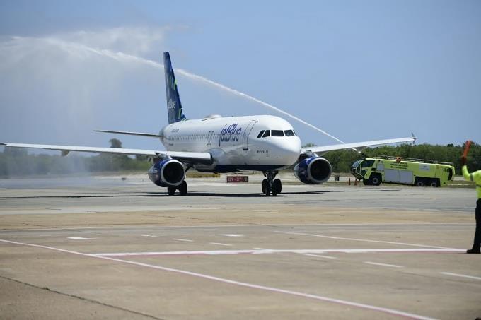 Aeropuerto de Punta Cana recibe 346 pasajeros en primer día de reapertura