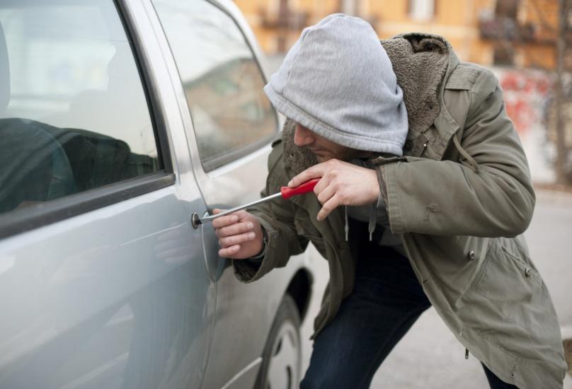 Policía NYC reporta más de 3 mil robos de automóviles desde comienzo año