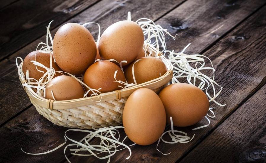 James demanda uno de los mayores productores de huevos EEUU por alza de precios durante pandemia