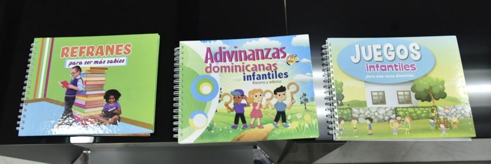 Ministerio de Educación recibe donación de colección de libros infantiles  de la Fundación Refidomsa
