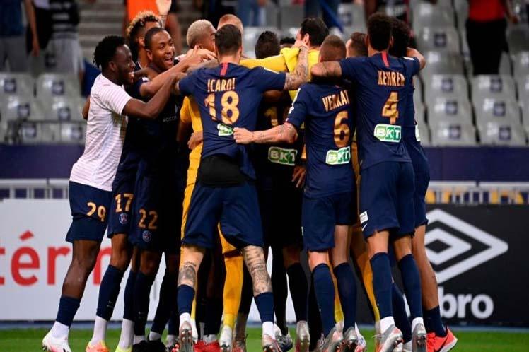 PSG conquista Copa de la Liga ante Lyon, Keylor héroe