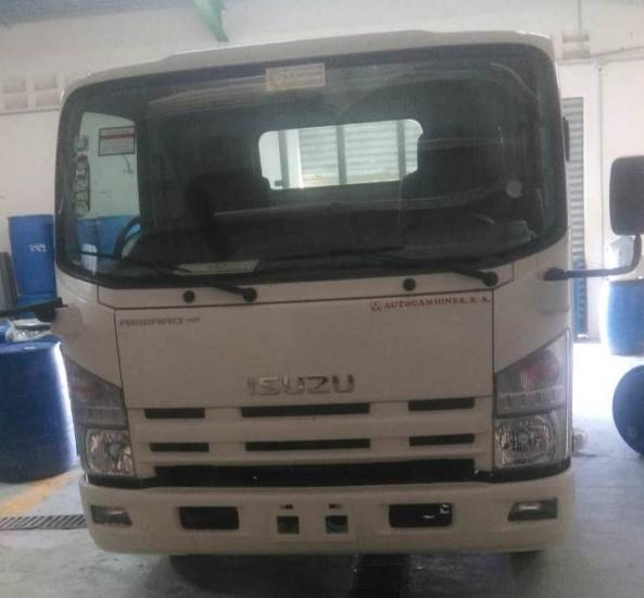 Cooperativa Apícola que opera enVilla Sinda acusa a director del IAD de intentar despojarlos de camión