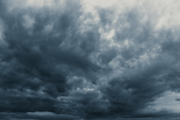 Cielo medio nublado y aguaceros locales se esperan para este miércoles