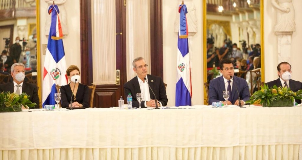 Presidente LA anuncia Plan de Incentivo al Turismo Interno para volver a dinamizar el sector