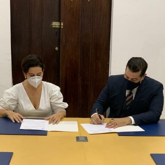Clúster Turístico y Clúster de Salud de Santo Domingo firman alianza para fortalecer capacidades del destino