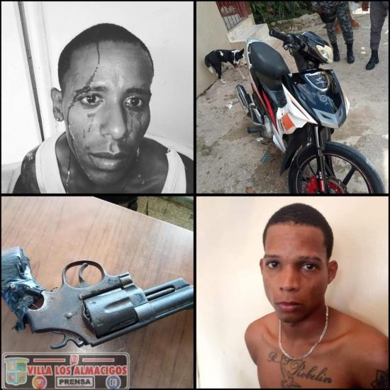 Policía Nacional apresa dos presuntos atracadores en Villa Hermosa