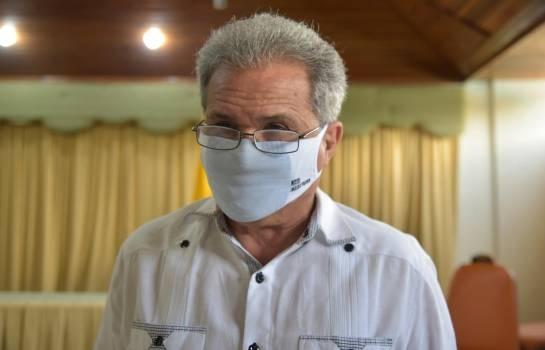 Colegio Médico rechaza flexibilización del toque de queda