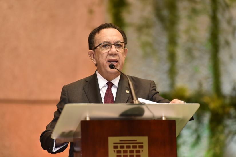 Valdez Albizu señala una tendencia sostenida hacia la recuperación en RD