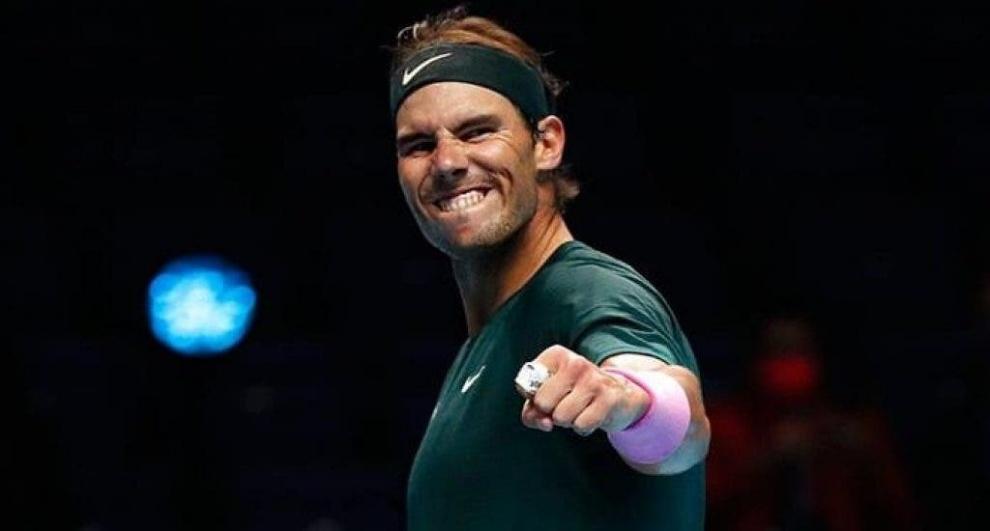 Rafael Nadal venció a Tsitsipas y se medirá a Medvedev en las Finales ATP