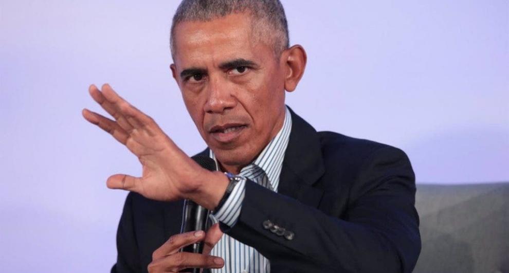 Las nuevas memorias de Obama venden casi 900,000 copias en 24 horas
