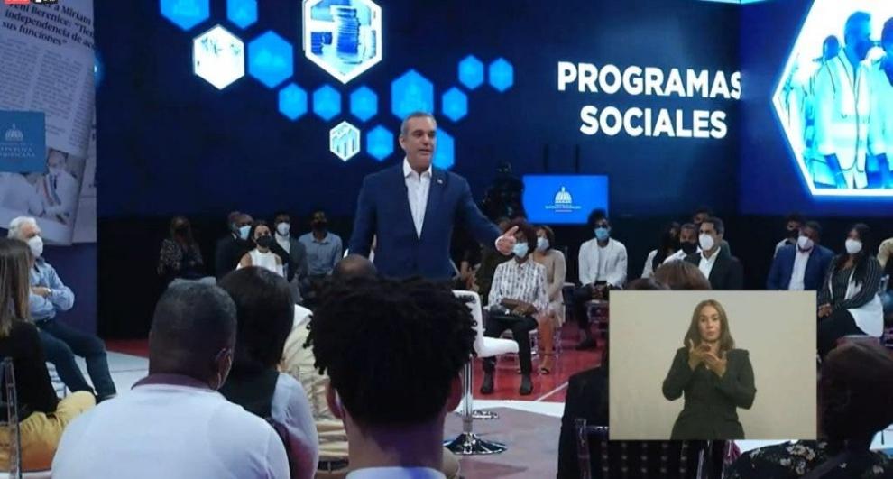 Presidente Luis Abinader dice se propuso erradicar el COVID-19 desde su llegada al Gobierno