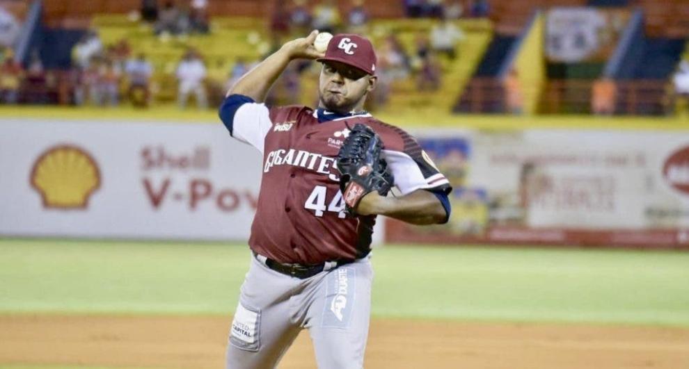 Los Gigantes anuncian sus lanzadores para partidos de lunes y martes