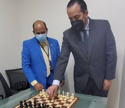 Ajedrez virtual con 30 equipos dedicado al viceministro Alberto Rodríguez