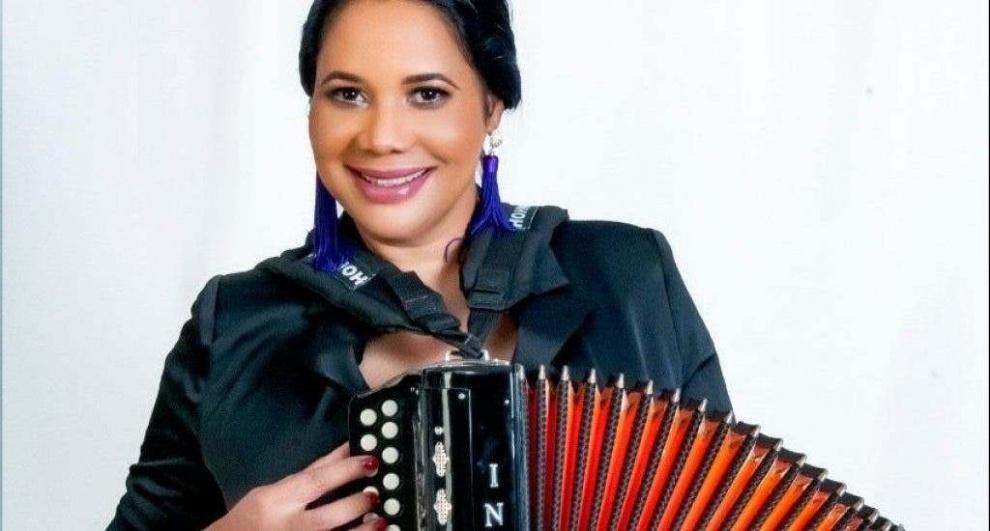 """India Canela presenta esta noche concierto virtual """"La India Canela de fiesta en tu casa"""""""