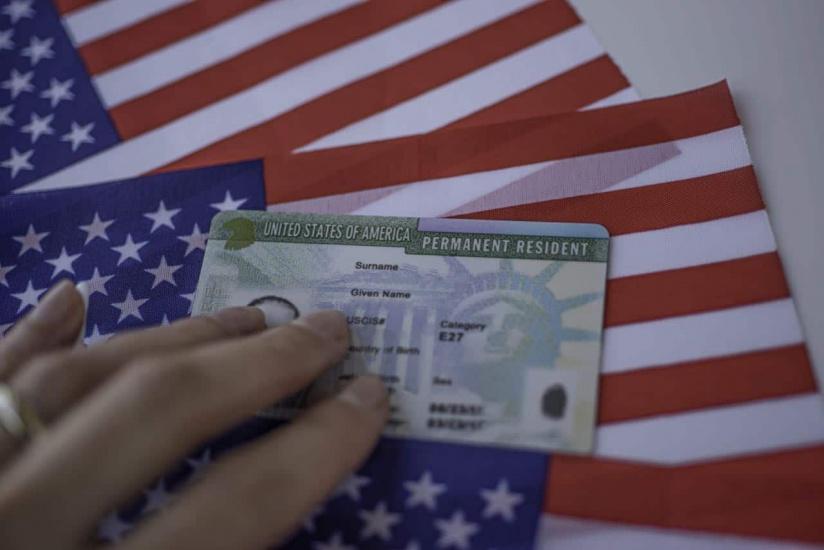 Inmigración modifica tarjeta residencia permanente EE.UU.