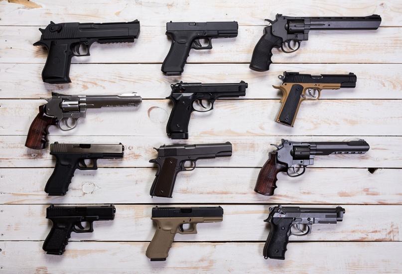 Pedidos para armas de fuego aumentan en NY; más de mil muertos en USA en lo que va de año