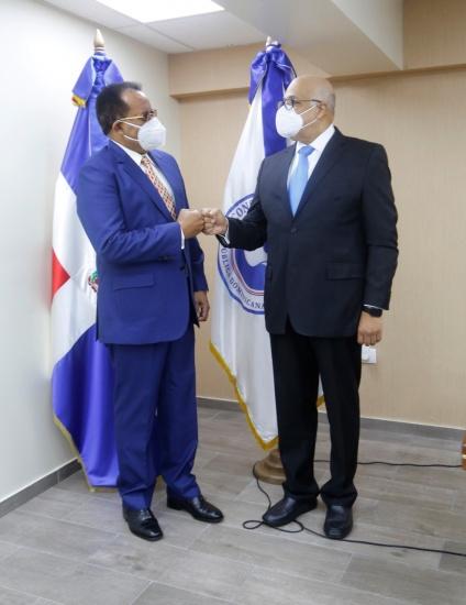 Nuevo director del Consejo Nacional de Drogas anuncia trabajará de mano con  las instituciones públicas y privadas | La Nación Dominicana, Todo tu país,  en un solo click...!