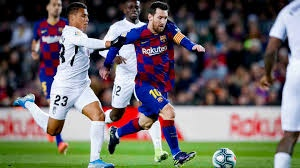 Barcelona gana en Sevilla y adelanta al Real Madrid; Ousmane Dembélé y Leo Messi anotaron el triunfo
