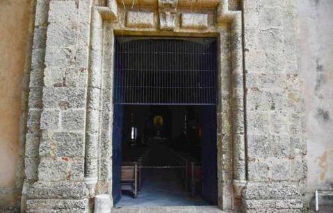 Se llevaron hasta el Cáliz! Profanan iglesia Las Mercedes; se llevaron alcancías y utensilios se utilizan en el altar