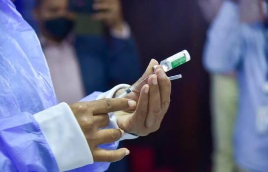 Gobierno informa que se han aplicado 14,264 vacunas contra el COVID-19