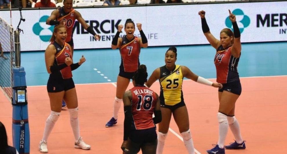 """El grito de Alexis García: """"Las Reinas del Caribe necesitan practicar en mejores condiciones"""""""