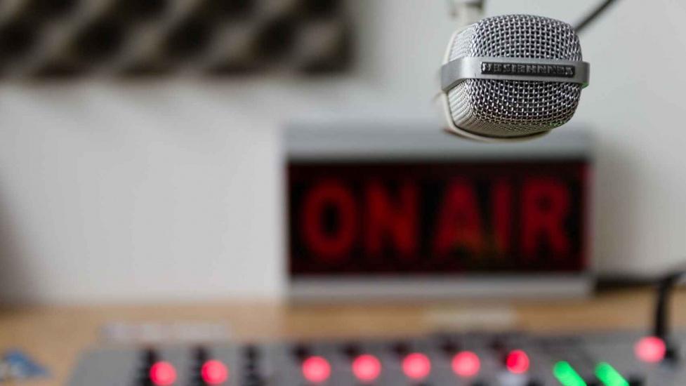 Dan inicio a nuevo programa radial Ángel Exclusiva Radio Show