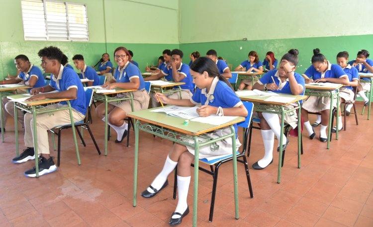 Los requisitos que deben cumplir los centros educativos para clases semipresenciales
