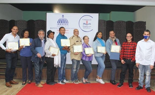 """Concluye con éxito primera muestra """"Microteatro Dominicano"""" en Comisionado Cultura EE. UU."""