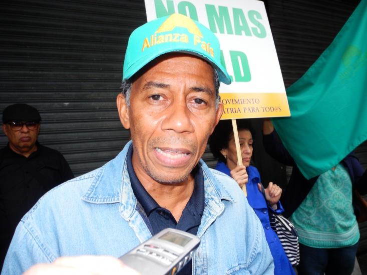 Alianza País: Mientras las remesas suben gobierno ignora a los dominicanos del exterior