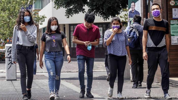 El Covid hace blanco contra personas de 28 a 42 años;  casos.aumentan en el DN, provincia Santo Domingo, Santiago y La Altagracia