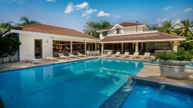 Así es la impresionante villa donde Jennifer López y su familia disfrutan desde RD
