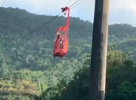 Avería en teleférico de Puerto Plata mantiene 32 personas dentro de las cabinas; 10 han sido rescatados