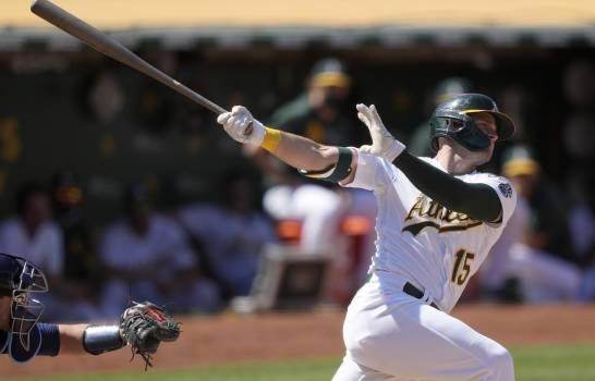 Seth Brown aporta otra vez los hits cruciales de los Atléticos; Gigantes derrotan Padres, Yankees ganan