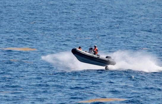 Armada suspende búsqueda de náufragos en Samaná; seguirán este sábado; seis han sido rescatados