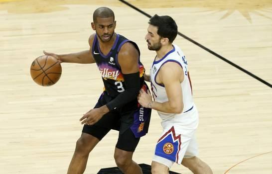 La mano de Chris Paul conduce a los Suns a tomar ventaja de 2-0 sobre los Nuggets