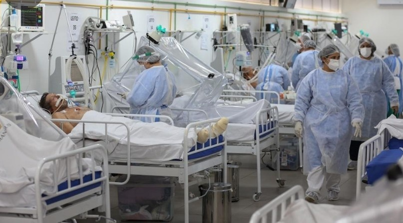 Hospitales siguen llenos; Escasean camas UCI en la Capital