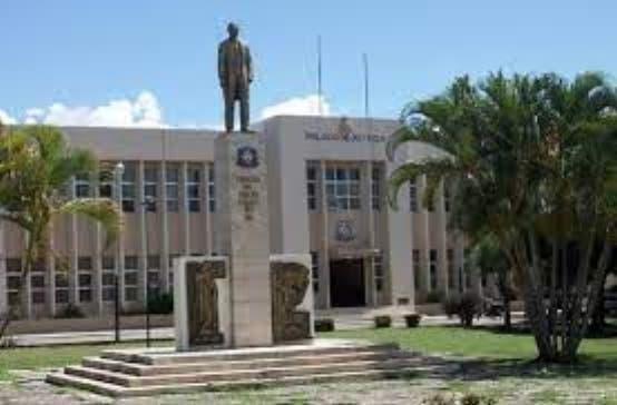 Tribunal colegiado condenan a 20 años padre violó hija menor edad