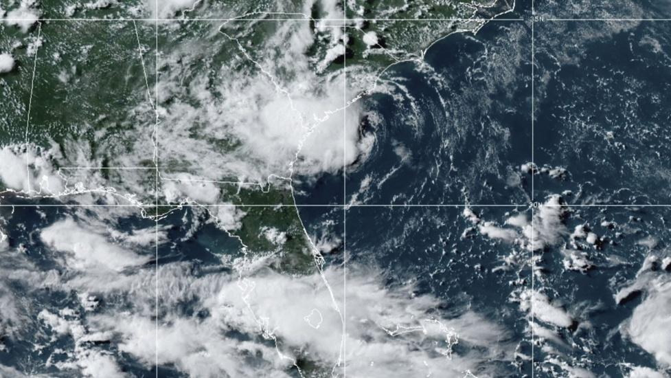 Huracán Elsa podría impactar la nación dominicana, declaran en alerta las 32 provincias del pais